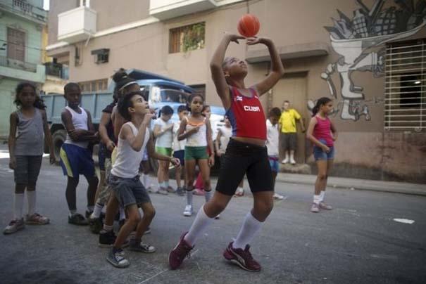 Η καθημερινότητα στην Κούβα μέσα από 31 ακόμη φωτογραφίες (3)