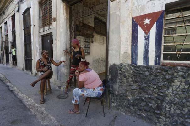 Η καθημερινότητα στην Κούβα μέσα από 31 ακόμη φωτογραφίες (29)