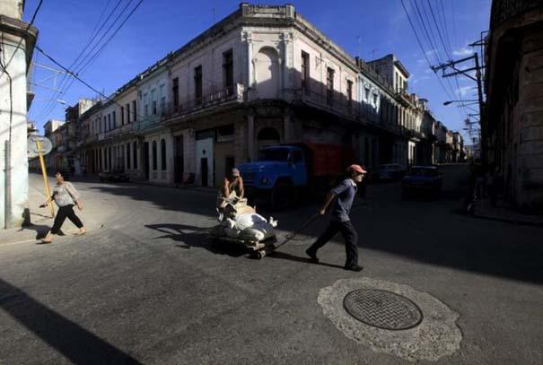 Η καθημερινότητα στην Κούβα μέσα από 31 ακόμη φωτογραφίες (31)