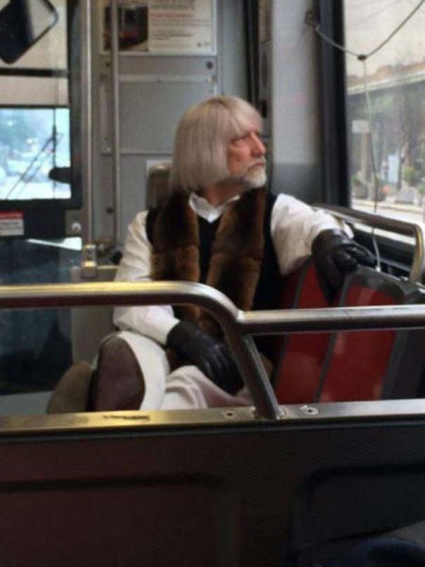 Παράξενες και κωμικοτραγικές φωτογραφίες στα μέσα μεταφοράς #12 (6)