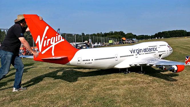 Το μεγαλύτερο τηλεκατευθυνόμενο αεροσκάφος στον κόσμο