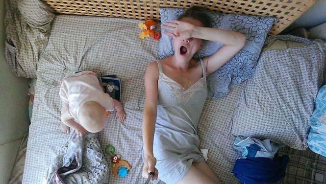 Νεαρή μητέρα καταγράφει την καθημερινότητα της με ένα selfie stick (1)