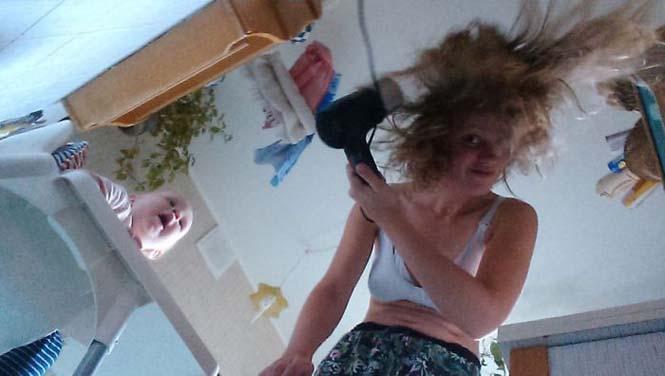 Νεαρή μητέρα καταγράφει την καθημερινότητα της με ένα selfie stick (6)