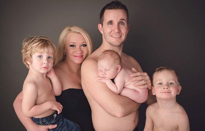 Αυτή η οικογενειακή φωτογράφηση σημαδεύτηκε από ένα απρόοπτο (1)