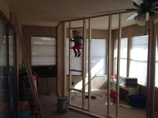 Πατέρας μετέτρεψε ένα ολόκληρο δωμάτιο για τα παιδιά του (3)