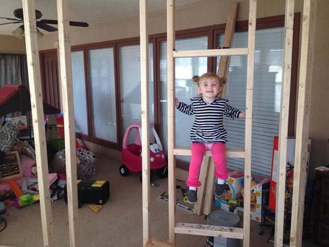 Πατέρας μετέτρεψε ένα ολόκληρο δωμάτιο για τα παιδιά του (4)