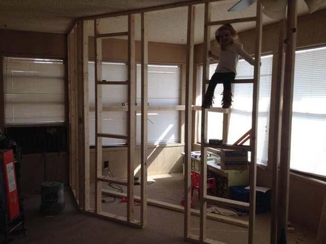 Πατέρας μετέτρεψε ένα ολόκληρο δωμάτιο για τα παιδιά του (5)