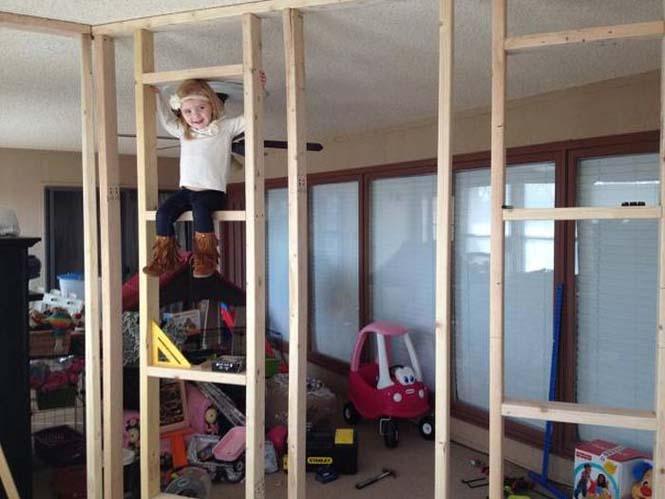 Πατέρας μετέτρεψε ένα ολόκληρο δωμάτιο για τα παιδιά του (6)