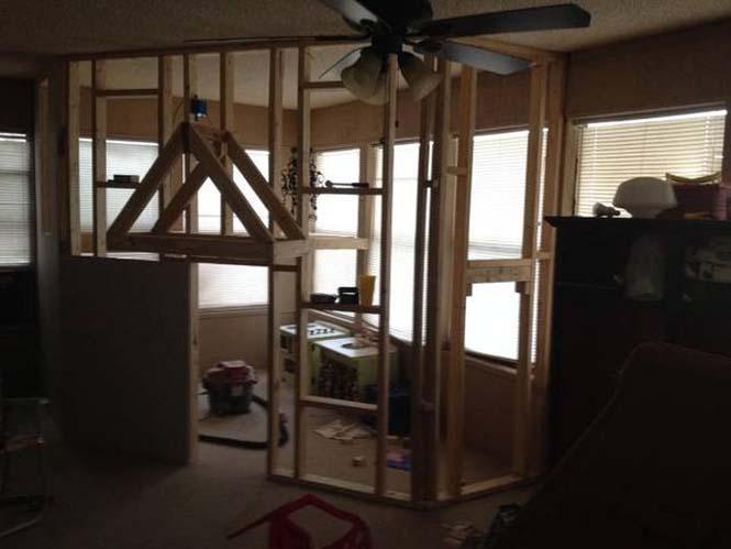 Πατέρας μετέτρεψε ένα ολόκληρο δωμάτιο για τα παιδιά του (7)