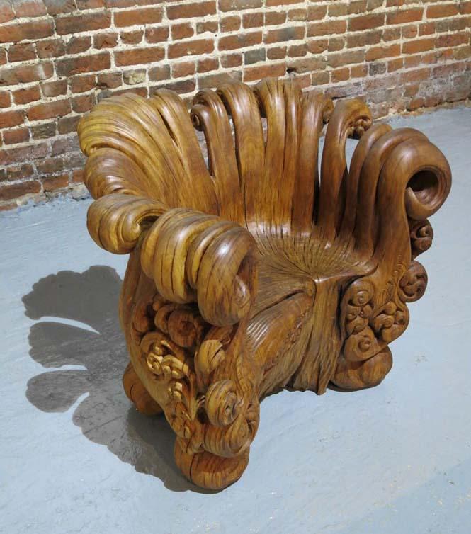 Περίτεχνη πολυθρόνα από ένα κούτσουρο βελανιδιάς (1)