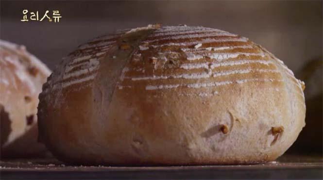 Η τέχνη του ψησίματος ψωμιού σε ένα εντυπωσιακό timelapse (1)