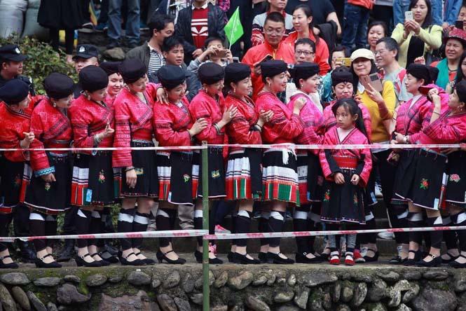 Η φυλή των «Ραπουνζέλ» στην Κίνα (4)