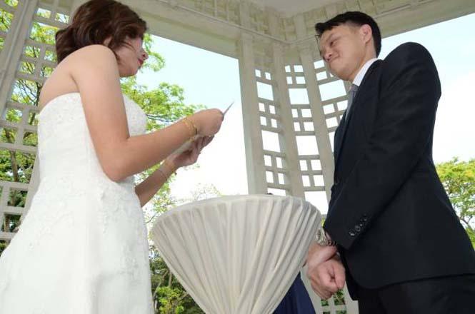 Γαμήλια φωτογράφιση καταστράφηκε από «ερασιτέχνη» φωτογράφο (5)