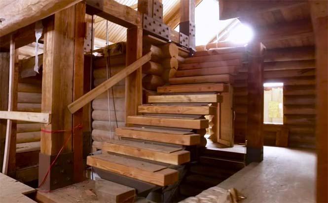 Κατασκεύασε μόνος του μια καλύβα ύψους 55 μέτρων στην Αλάσκα (9)