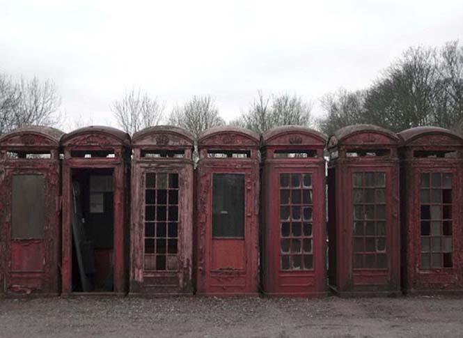 Νεκροταφεία για τηλεφωνικούς θαλάμους (3)