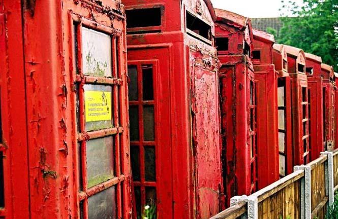 Νεκροταφεία για τηλεφωνικούς θαλάμους (7)