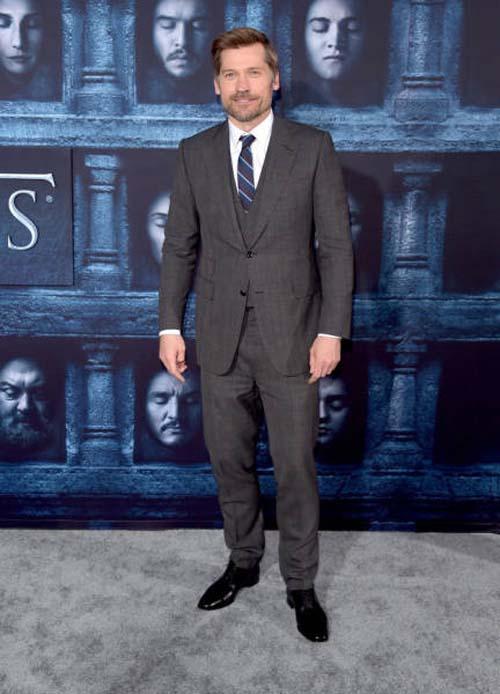 Οι πρωταγωνιστές του Game Of Thrones φόρεσαν τα καλά τους για την πρεμιέρα της 6ης σεζόν (10)