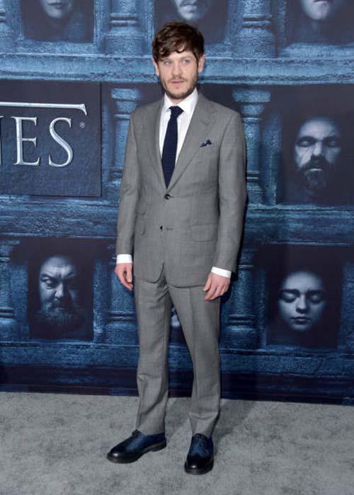Οι πρωταγωνιστές του Game Of Thrones φόρεσαν τα καλά τους για την πρεμιέρα της 6ης σεζόν (21)