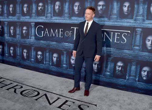 Οι πρωταγωνιστές του Game Of Thrones φόρεσαν τα καλά τους για την πρεμιέρα της 6ης σεζόν (22)