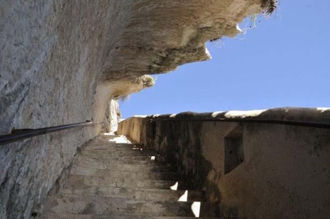 Η σκάλα του Βασιλιά της Αραγονίας (7)
