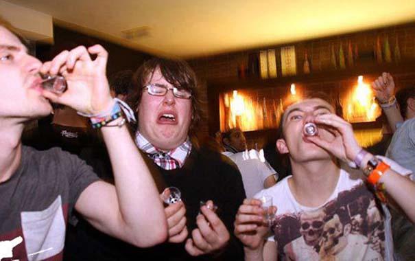 Θεότρελες εικόνες που μπορεί να συναντήσεις μέσα σε ένα club (18)