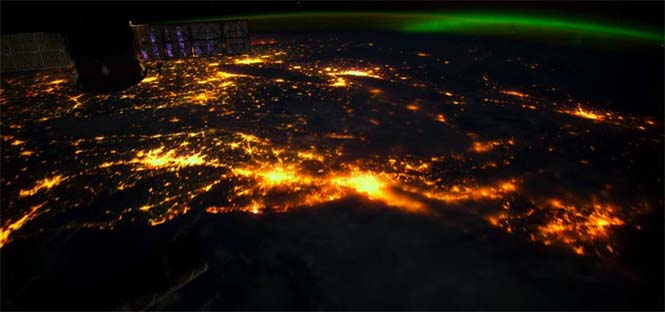 Βόρειο Σέλας από το διάστημα (11)