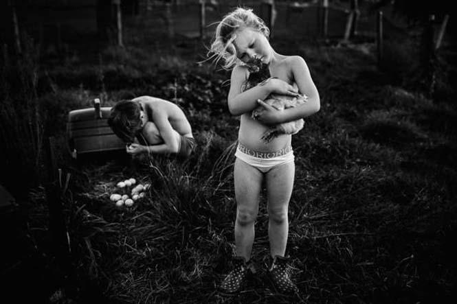 Μητέρα φωτογραφίζει την χωρίς τεχνολογία καθημερινότητα των παιδιών της (8)