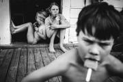 Μητέρα φωτογραφίζει την χωρίς τεχνολογία καθημερινότητα των παιδιών της (11)