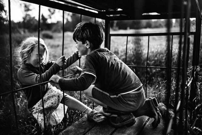 Μητέρα φωτογραφίζει την χωρίς τεχνολογία καθημερινότητα των παιδιών της (21)