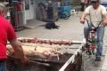 Απίστευτη πατέντα για το σούβλισμα αρνιού (Video)