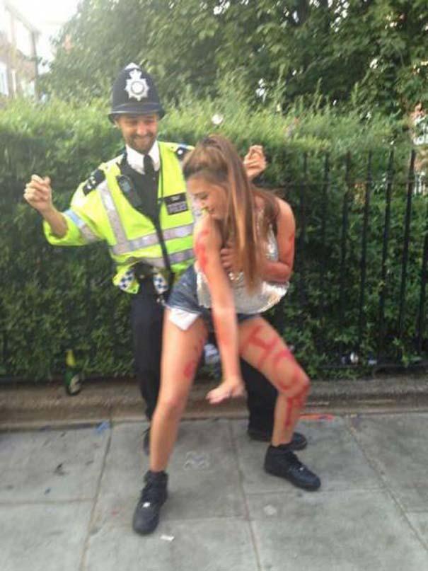 Διασκεδαστικές στιγμές με την μητροπολιτική αστυνομία του Λονδίνου (2)
