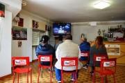 Καλλιτέχνης μετέτρεψε ιταλικό χωριό σε Internet του πραγματικού κόσμου (10)