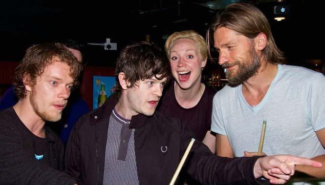 Όταν οι πρωταγωνιστές του Game Of Thrones χαλαρώνουν (19)