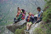 Τα παιδιά αυτού του απομακρυσμένου χωριού στην Κίνα πάνε σχολείο (1)