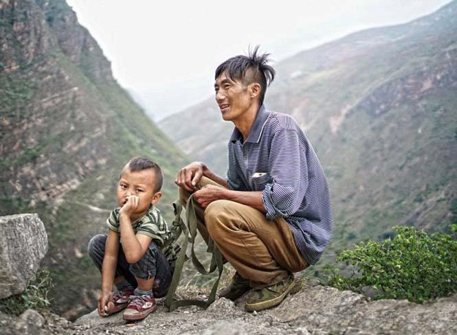 Τα παιδιά αυτού του απομακρυσμένου χωριού στην Κίνα πάνε σχολείο (4)
