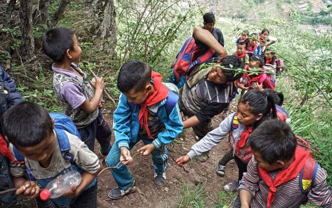 Τα παιδιά αυτού του απομακρυσμένου χωριού στην Κίνα πάνε σχολείο (11)
