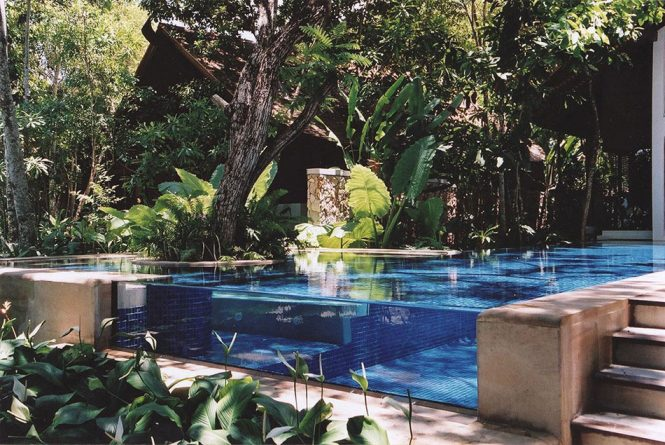 Διάφανη πισίνα στην Ταϊλάνδη | Φωτογραφία της ημέρας