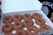 Πόσα ντόνατς μπορείτε να φάτε σε 30 δευτερόλεπτα;