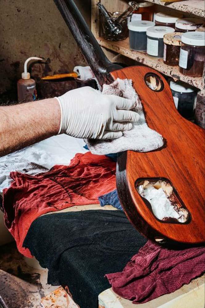 Πως φτιάχνονται οι κιθάρες Gibson Les Paul (6)