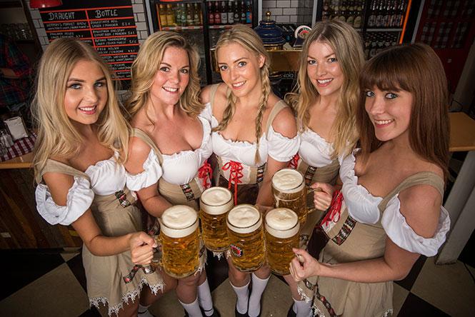 Εν τω μεταξύ, στην Γερμανία... (1)