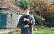 Έβγαλε την ίδια φωτογραφία μετά από 15 χρόνια για να αποχαιρετήσει τον αγαπημένο του σκύλο (1)