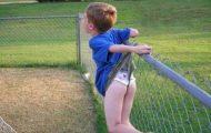 Τα παιδιά έχουν ένα περίεργο ταλέντο να σφηνώνουν στα πιο απίθανα μέρη (28)