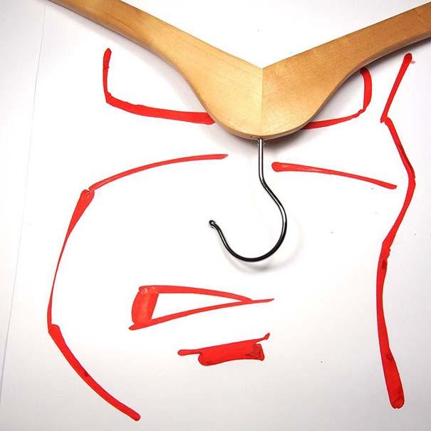 Σκιτσογράφος ολοκληρώνει τα σκίτσα του με καθημερινά αντικείμενα (26)