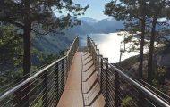 Ταξιδιώτης στη Νορβηγία αντίκρισε αυτό το θέαμα όταν βγήκε για περίπατο