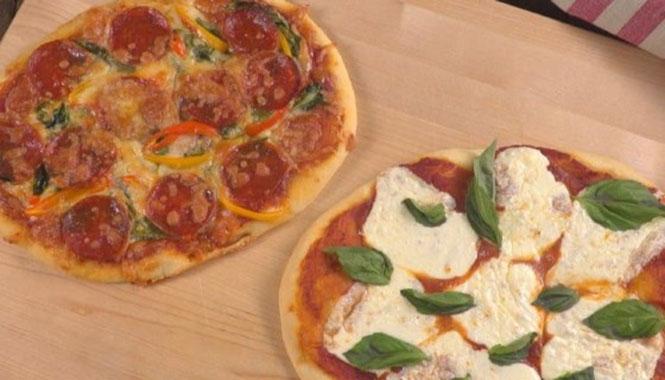 Ζύμη πίτσας με 2 υλικά