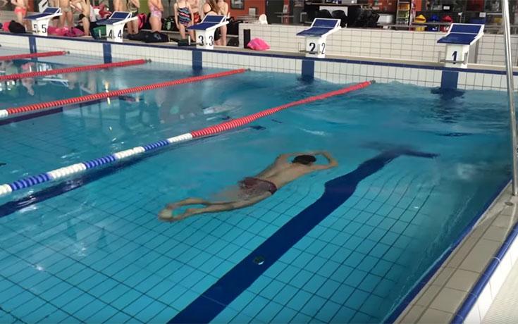 Ανάποδη κολύμβηση