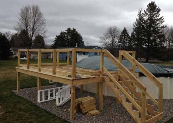 Κατασκευάζοντας μια πλατφόρμα για υπερυψωμένη πισίνα (13)