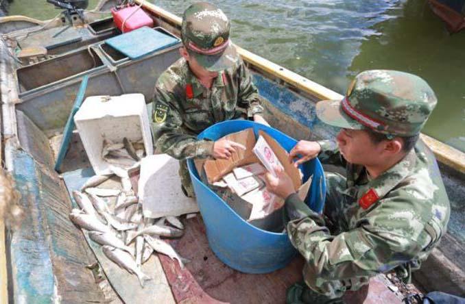 Οι Κινεζικές αρχές συνέλαβαν ψαράδες που είχαν μια ψαριά - έκπληξη (2)