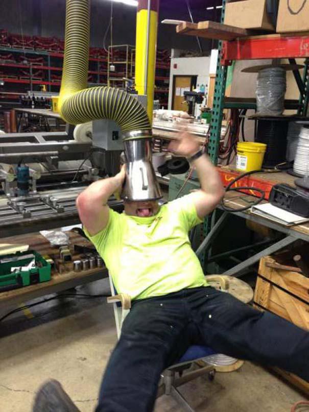 Κωμικοτραγικές καταστάσεις στη δουλειά #36 (4)