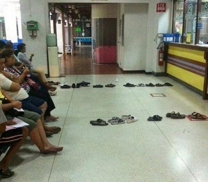 Ουρές σε δημόσιες υπηρεσίες στην Ταϊλάνδη (1)
